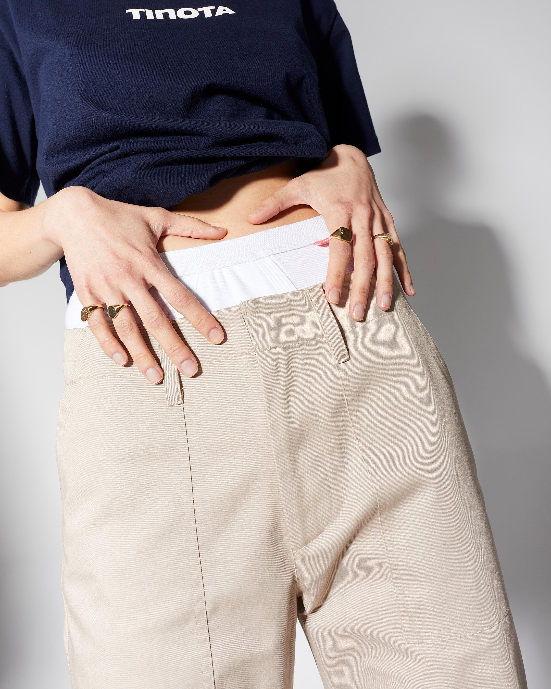 trousers 3  pant beige 210415 ecom 154