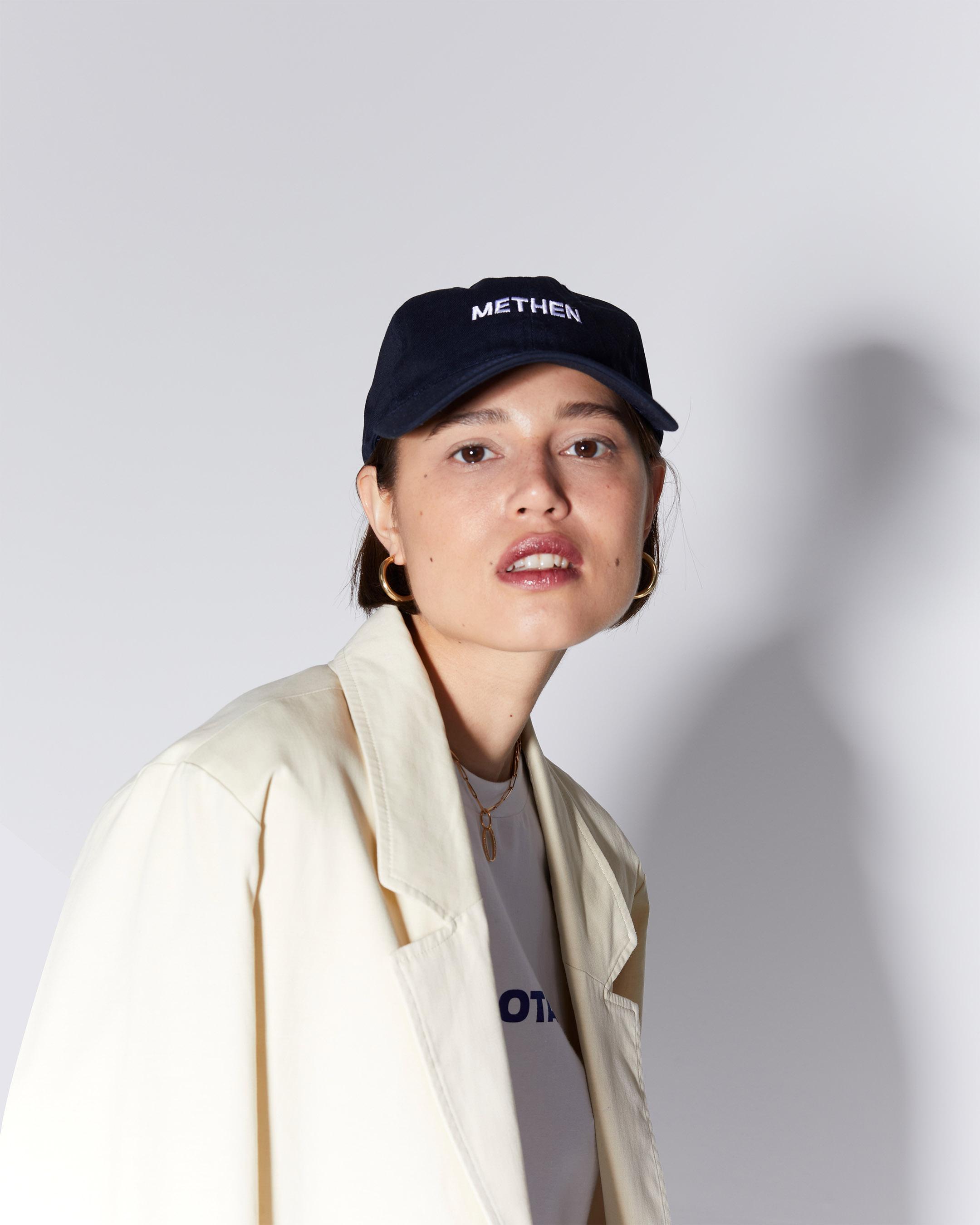 accessories 3  logo blue cap210415 ecom 1010