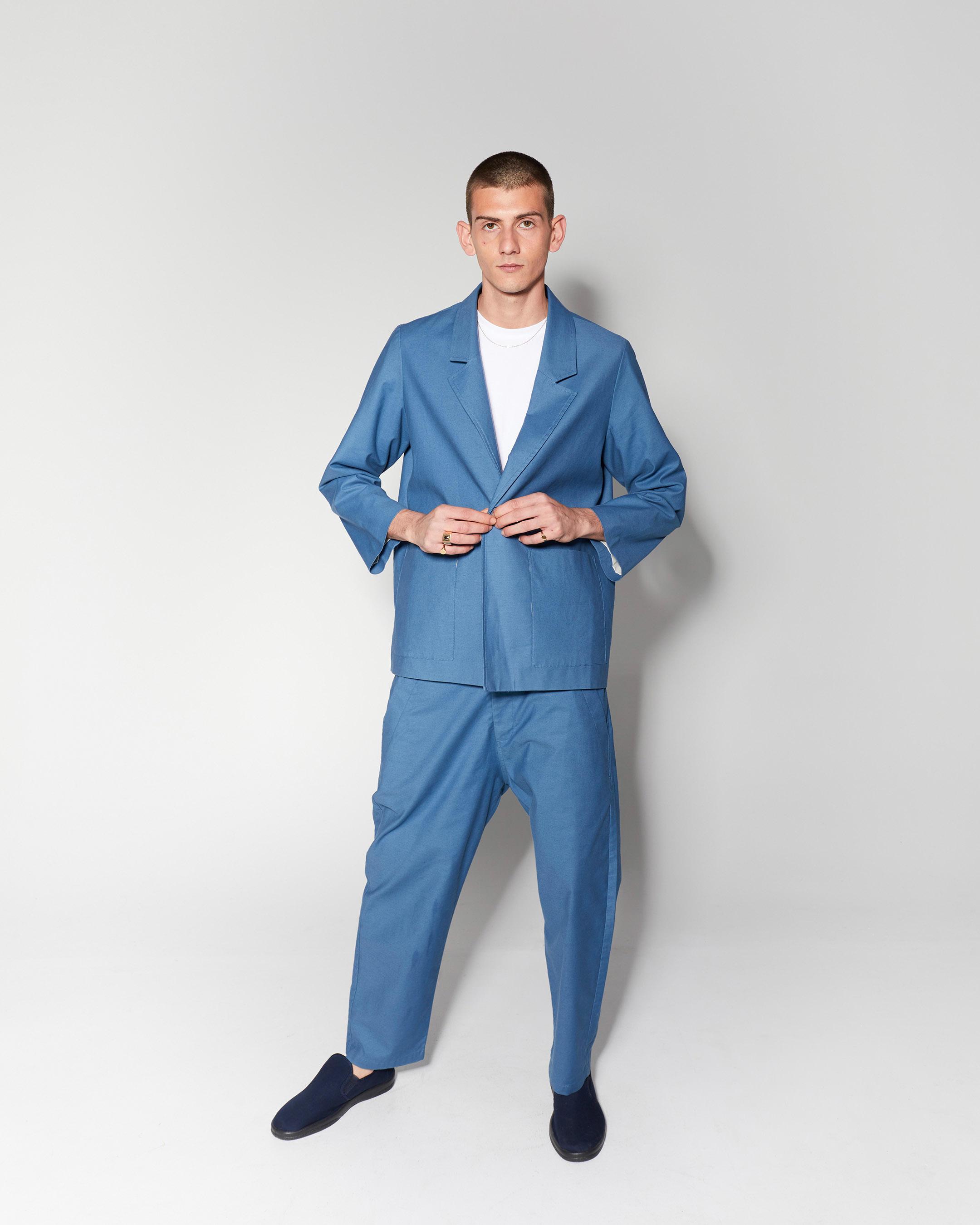 outerwear 3  suit vest blue 210415 ecom 1920